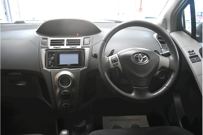 Toyota Yaris 1.3 Vvt-I T Spirit Mm - Large 18