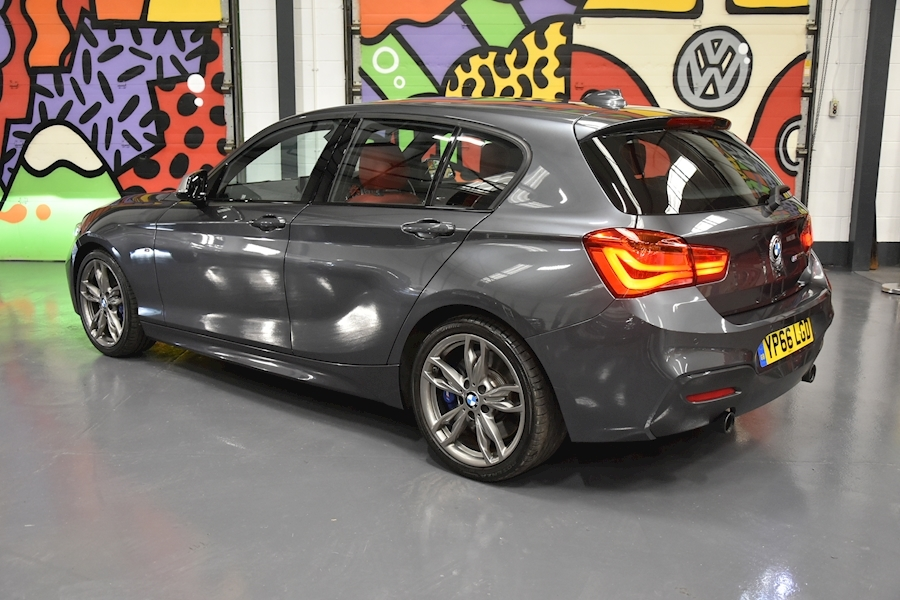 BMW 1 Series 3.0 - Large 3