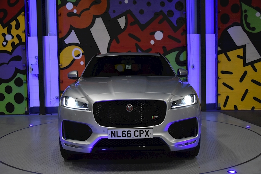 Jaguar F-Pace 3.0 - Large 5