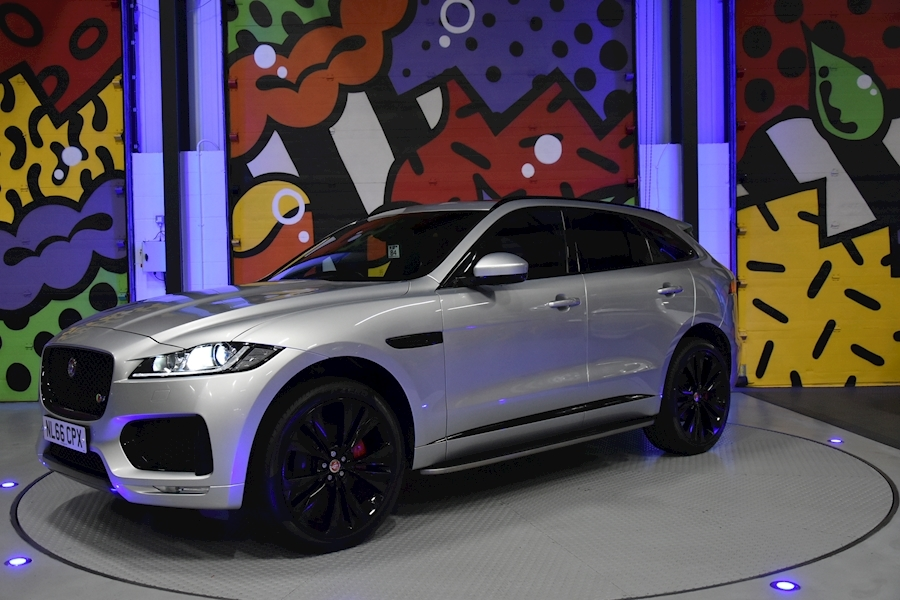 Jaguar F-Pace 3.0 - Large 4