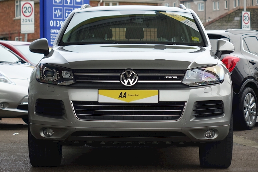 Touareg V6 Tsi Hybrid 3.0 5dr Estate Automatic Petrol/Electric For Sale in Exeter