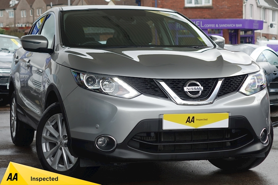 Qashqai Acenta Dig-T Smart Vision Hatchback 1.2 Manual Petrol For Sale in Exeter