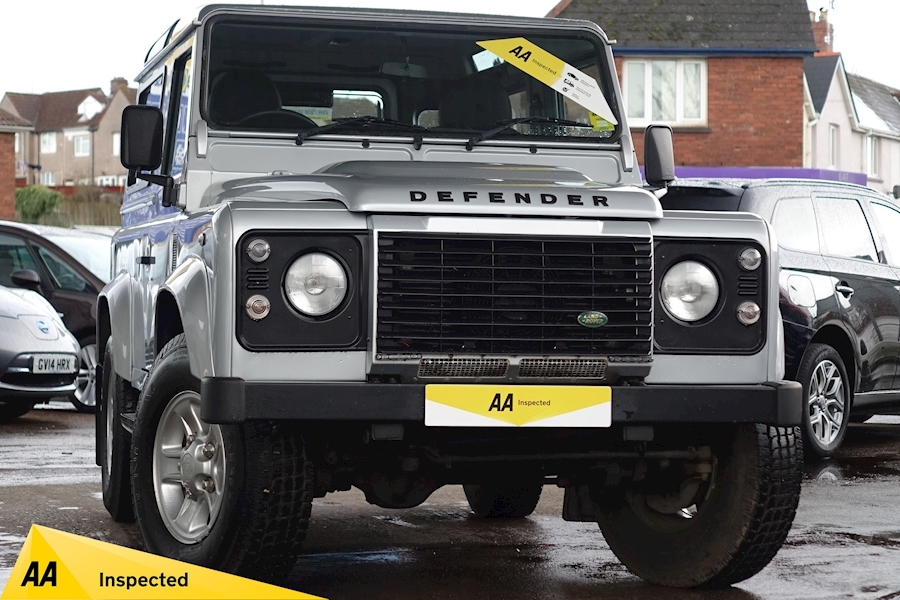 Defender 90 Xs Station Wagon Estate 2.4 Manual Diesel
