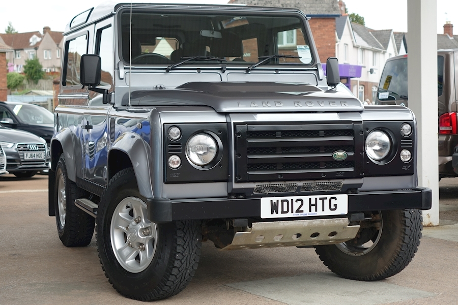 Defender 90 Td Xs Station Wagon 2.2 2dr Light 4X4 Utility Manual Diesel For Sale in Exeter