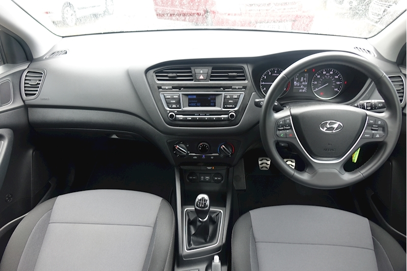 I20 T-Gdi Active Hatchback 1.0 Manual Petrol For Sale in Exeter