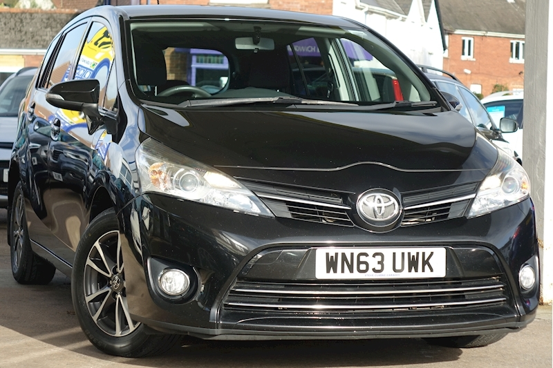 Verso D-4D Icon Mpv 2.0 Manual Diesel For Sale in Exeter