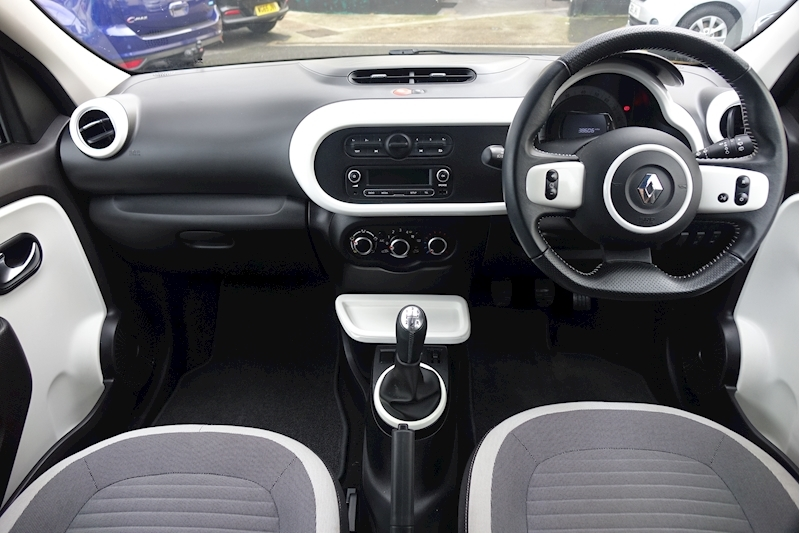 Twingo Dynamique Sce S/S Hatchback 1.0 Manual Petrol For Sale in Exeter