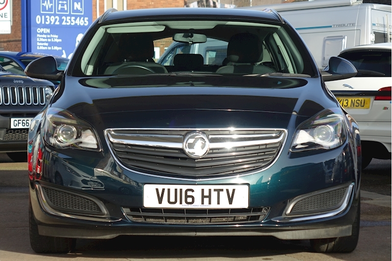 Insignia Design Nav S/S Estate 1.4 Manual Petrol For Sale in Exeter