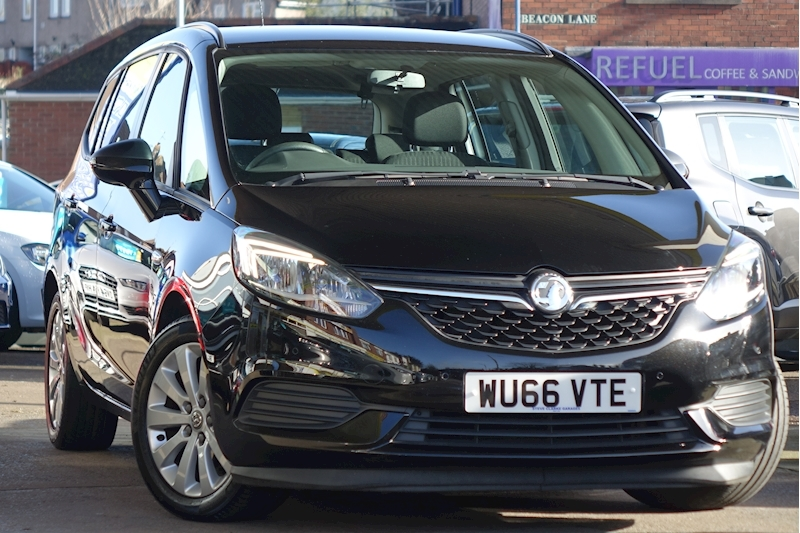 Zafira Tourer Design Mpv 1.4 Manual Petrol For Sale in Exeter