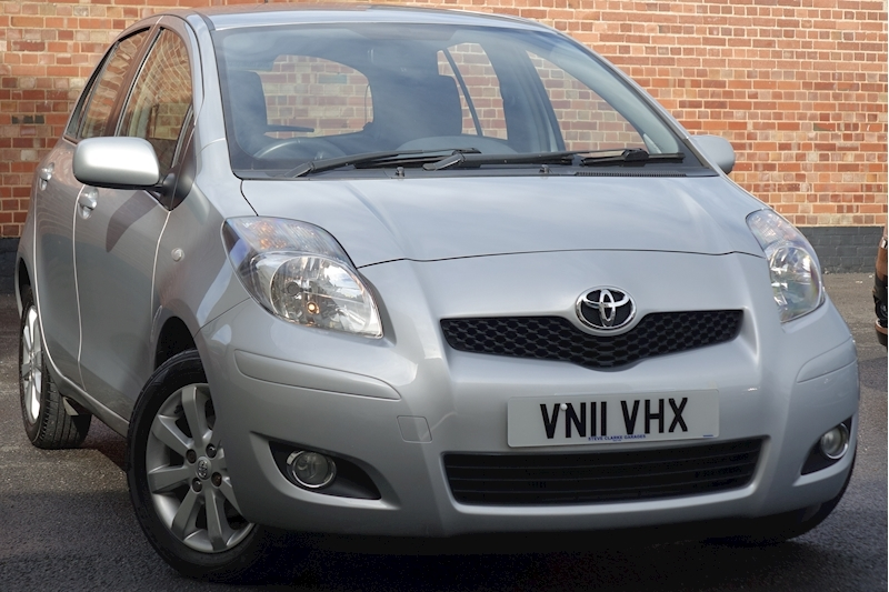 Yaris Vvt-I T Spirit Mm Hatchback 1.3 Semi Auto Petrol For Sale in Exeter