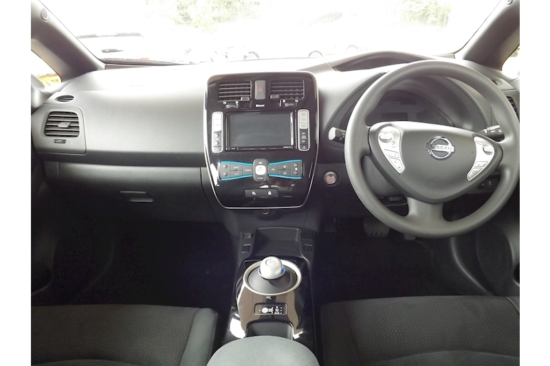 Leaf Acenta (30kWh) 0.0 5dr Hatchback Automatic Electric For Sale in Exeter