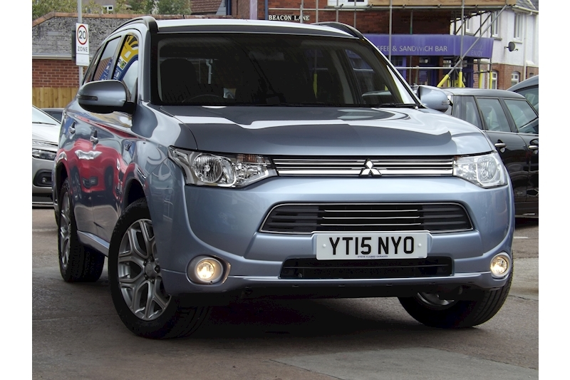 Outlander Phev Gx 3H Estate 2.0 Semi Auto Petrol/Electric For Sale in Exeter