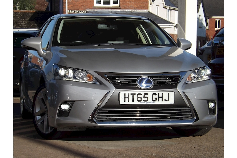CT 200h Premier Hatchback 1.8 CVT Petrol Hybrid For Sale in Exeter