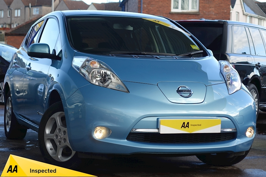 Leaf 3.3 KWh Acenta 0.0 5dr Hatchback Automatic Electric For Sale in Exeter