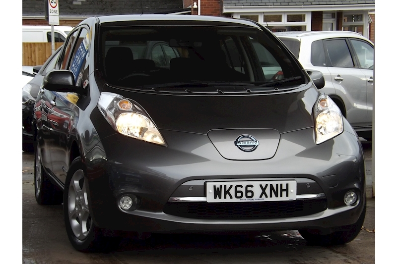 Leaf Acenta (30kWh) 6.6kw Charger 0.0 5dr Hatchback Automatic Electric For Sale in Exeter