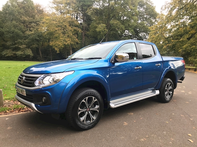 Fullback Double-cab 2.4 180hp 4wd Auto Lx 2.4 4dr Pick Up Automatic Diesel