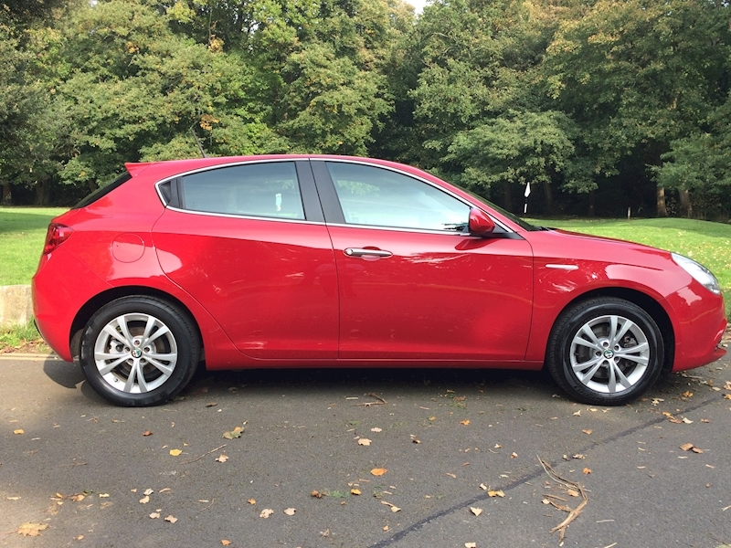 Giulietta Tb Multiair Lusso Hatchback 1.4 Manual Petrol