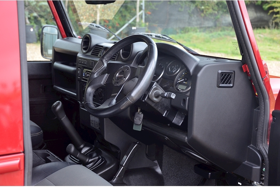 Land Rover Defender 90 Td Xs Station Wagon - Large 9