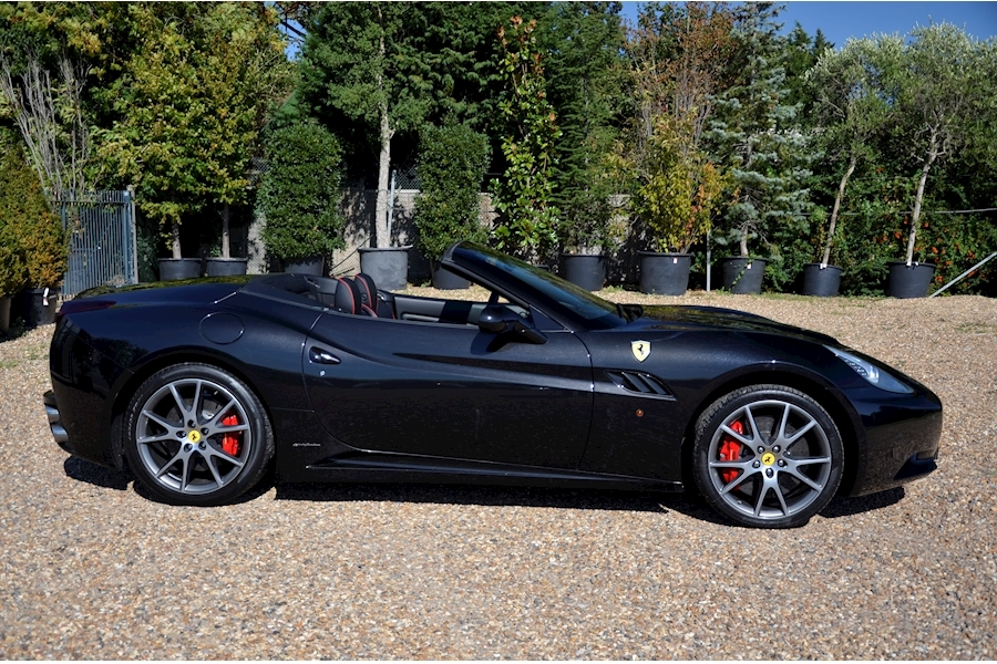 Ferrari California 2 Plus 2 - Large 1