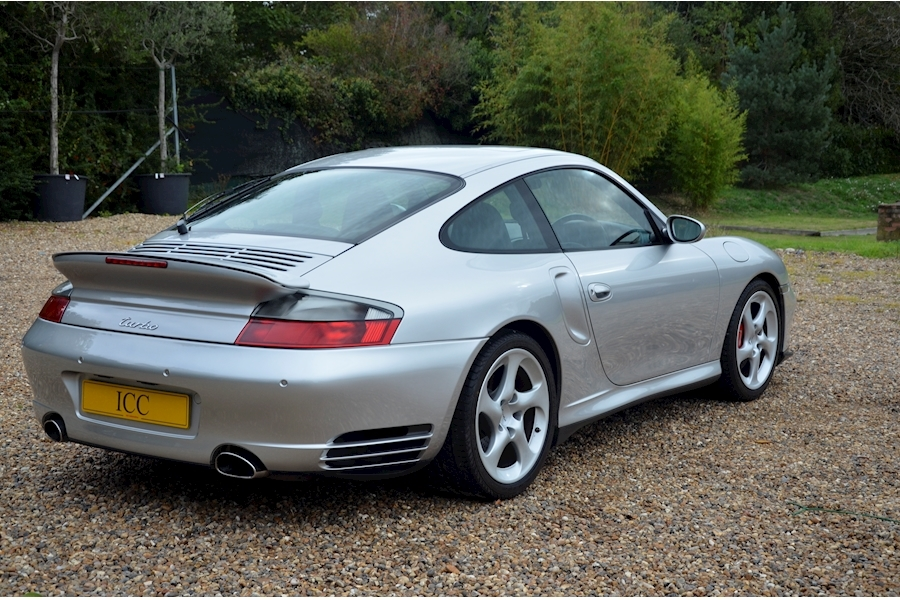 Porsche 911 Turbo Tiptronic S - Large 2