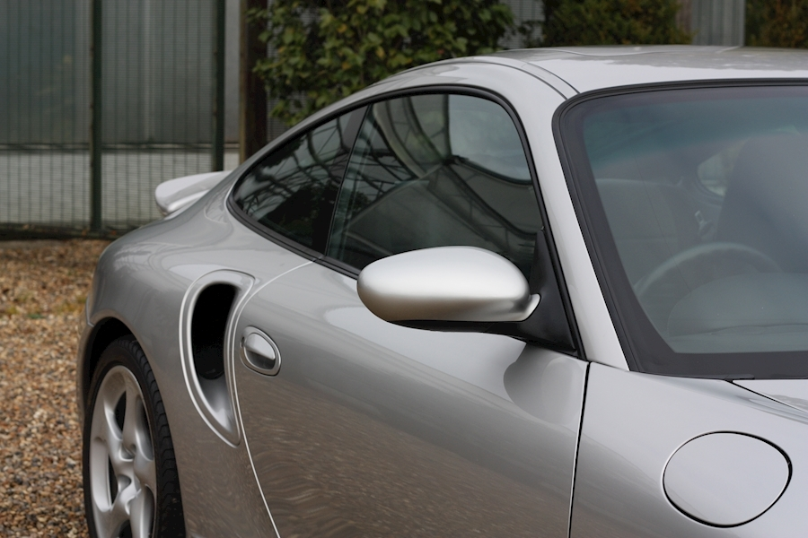Porsche 911 Turbo Tiptronic S - Large 14