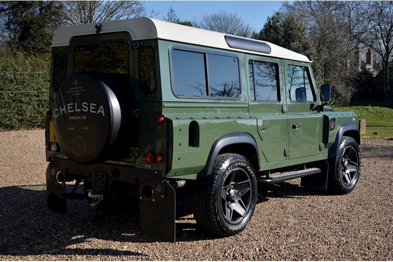 Land Rover Defender 110 Td County Station Wagon - Large 2