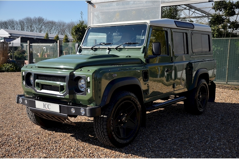 Land Rover Defender 110 Td County Station Wagon - Large 3