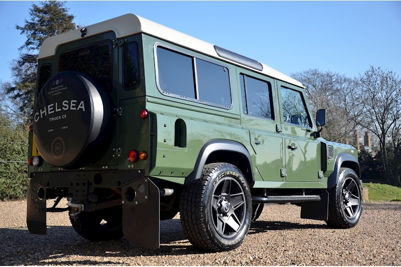 Land Rover Defender 110 Td County Station Wagon - Large 6