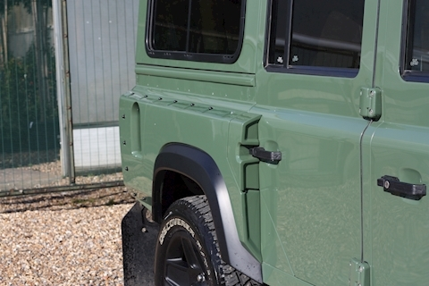 Land Rover Defender 110 Td County Station Wagon - Large 17
