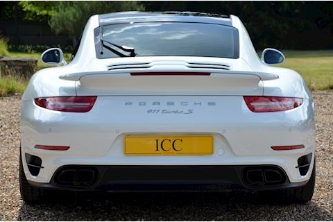 Porsche 911 Turbo S Pdk - Large 3