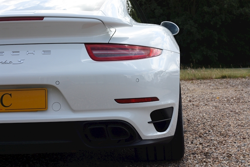 Porsche 911 Turbo S Pdk - Large 24