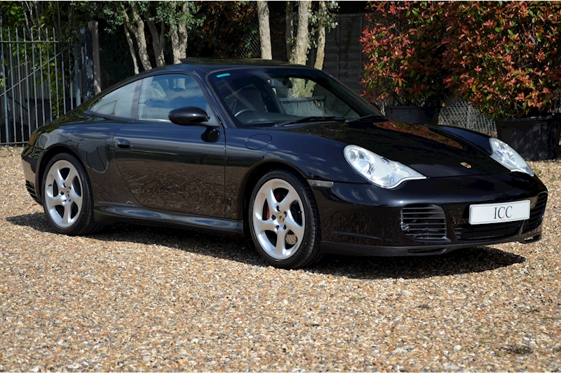Porsche 911 Carrera 4S Tiptronic S - Large 0