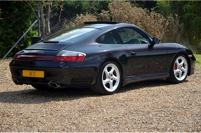 Porsche 911 Carrera 4S Tiptronic S - Large 2