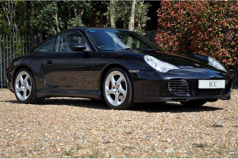 Porsche 911 Carrera 4S Tiptronic S - Large 5