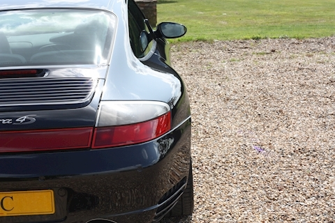 Porsche 911 Carrera 4S Tiptronic S - Large 18