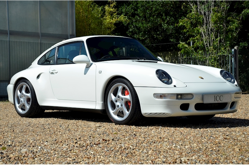Porsche 911 Carrera 4 S - Large 5