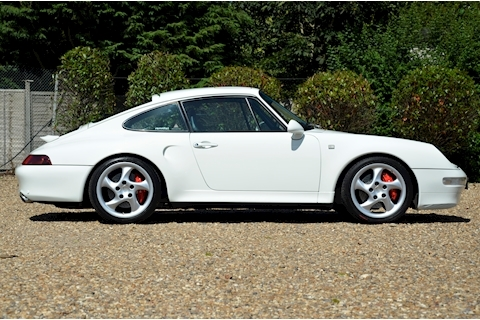 Porsche 911 Carrera 4 S - Large 6