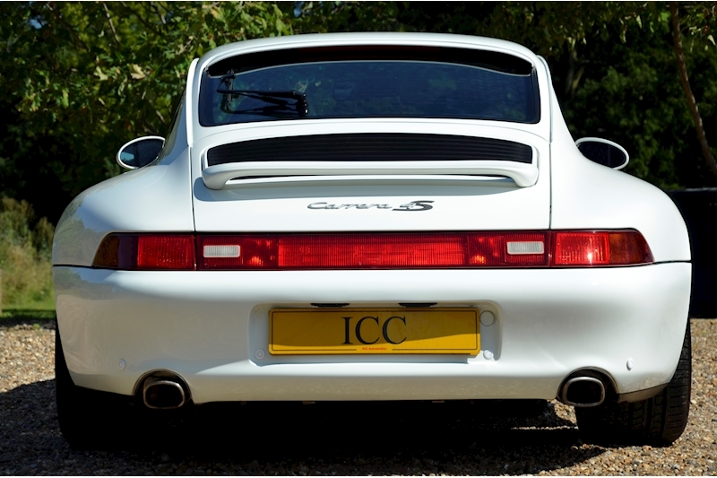 Porsche 911 Carrera 4 S - Large 8