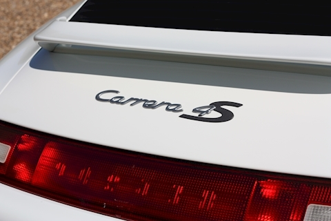 Porsche 911 Carrera 4 S - Large 25