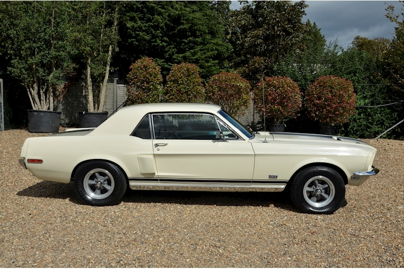 Ford Mustang 390 Gt - Large 1