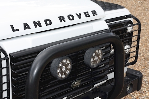 Land Rover Defender 90 Td Xs Station Wagon - Large 32