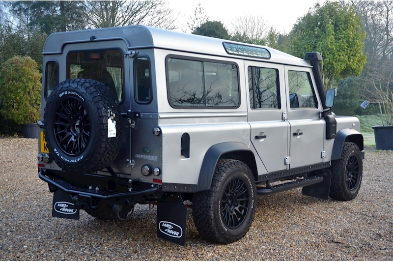 Land Rover Defender 110 Td Xs Station Wagon - Large 2