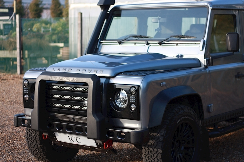 Land Rover Defender 110 Td Xs Station Wagon - Large 33
