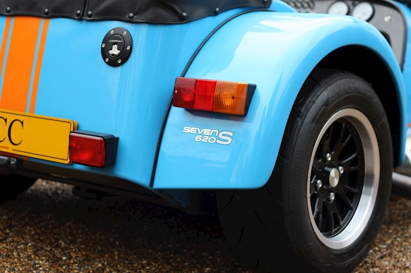 Caterham Seven 620 S - Large 30