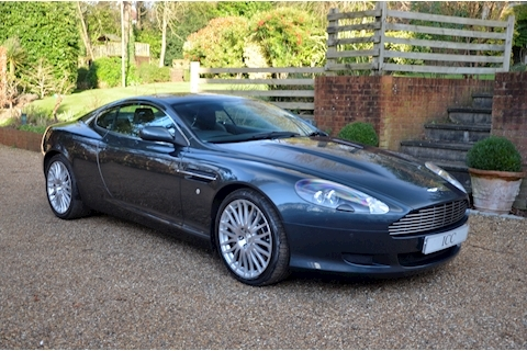 Aston Martin DB9 V12 - Large 0