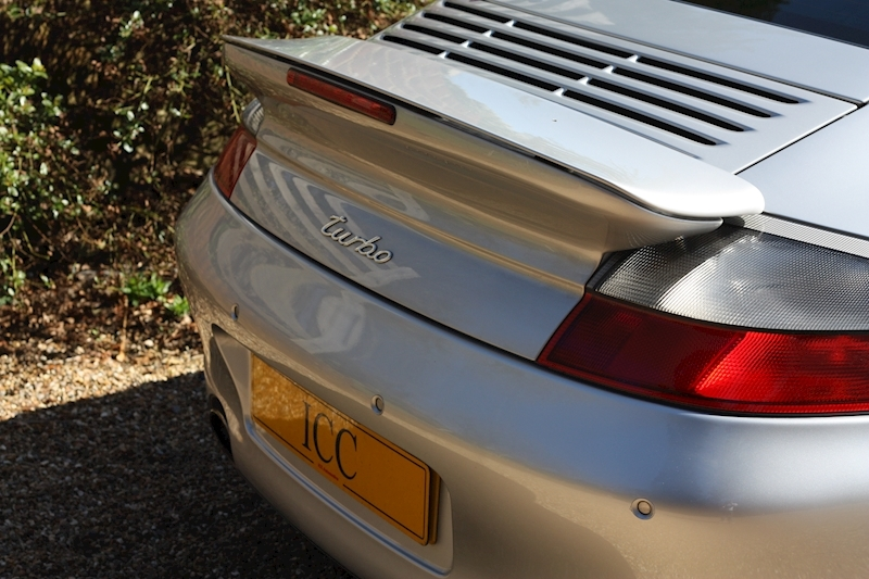Porsche 911 996 Turbo - Large 17