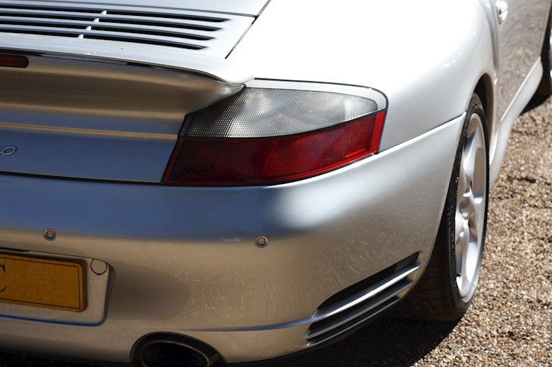 Porsche 911 996 Turbo - Large 18