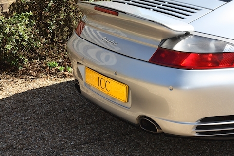 Porsche 911 996 Turbo - Large 22