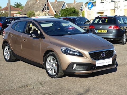 V40 D2 Cross Country Lux Hatchback 2.0 Automatic Diesel