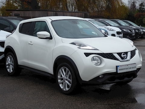 Juke Juke N-Connecta Dig-T Hatchback 1.2 Manual Petrol